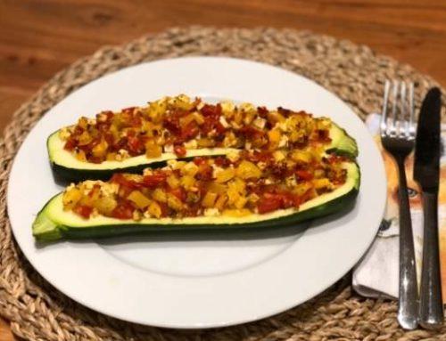 Zucchini Boote – kalorienarmes Rezept (nur 200 kcal)