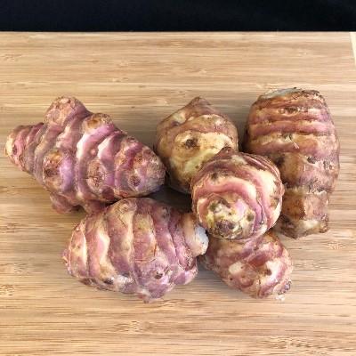 Topinambur ist ein ballaststoffreiches Nahrungsmittel.