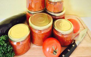 selbstgemachte Tomatensoße auf Vorrat
