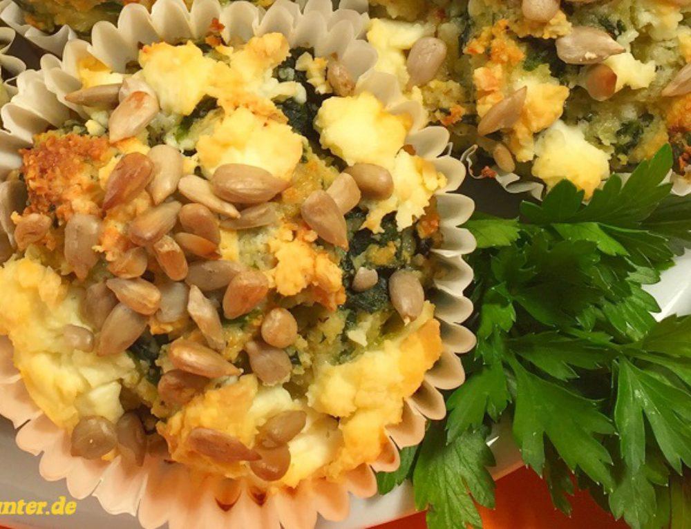 Vegetarische Low Carb Muffins mit Schafskäse und Popeye Effekt